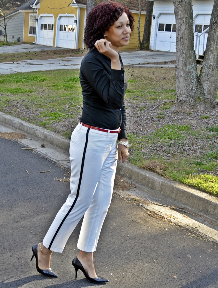 style-me-friday-white-pants